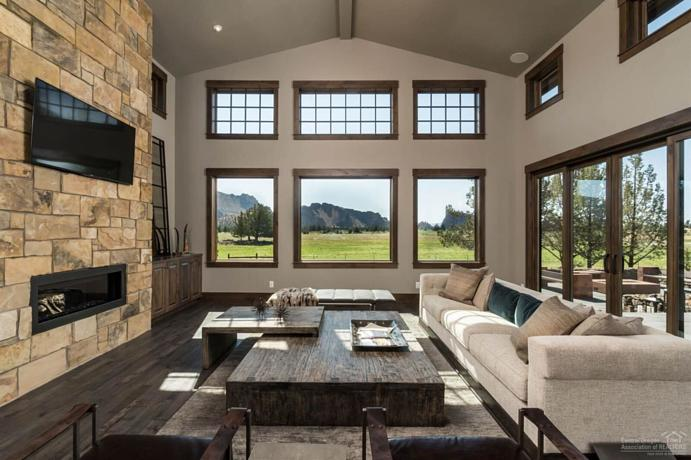 central oregon Interior Designer Tuscan