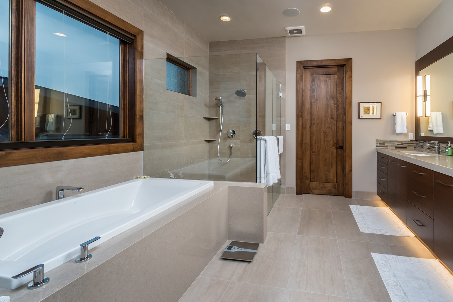 Bend Oregon Modern Interior bath Designer